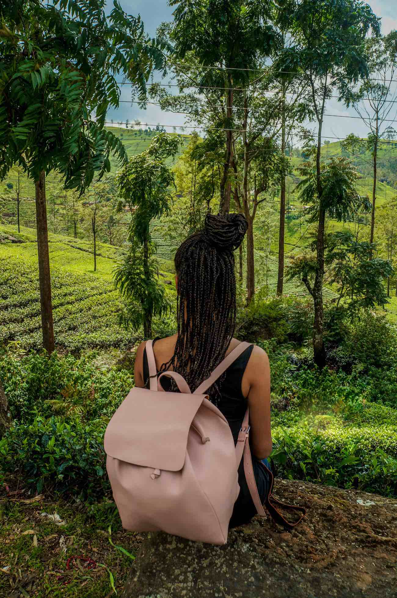 Girl in the tea plantagen