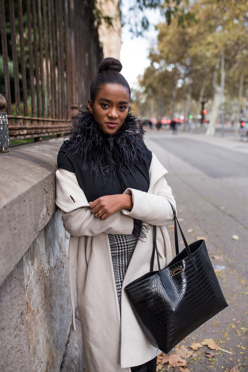 black and white winter outfit, maxi coat in the streets of Barcelona