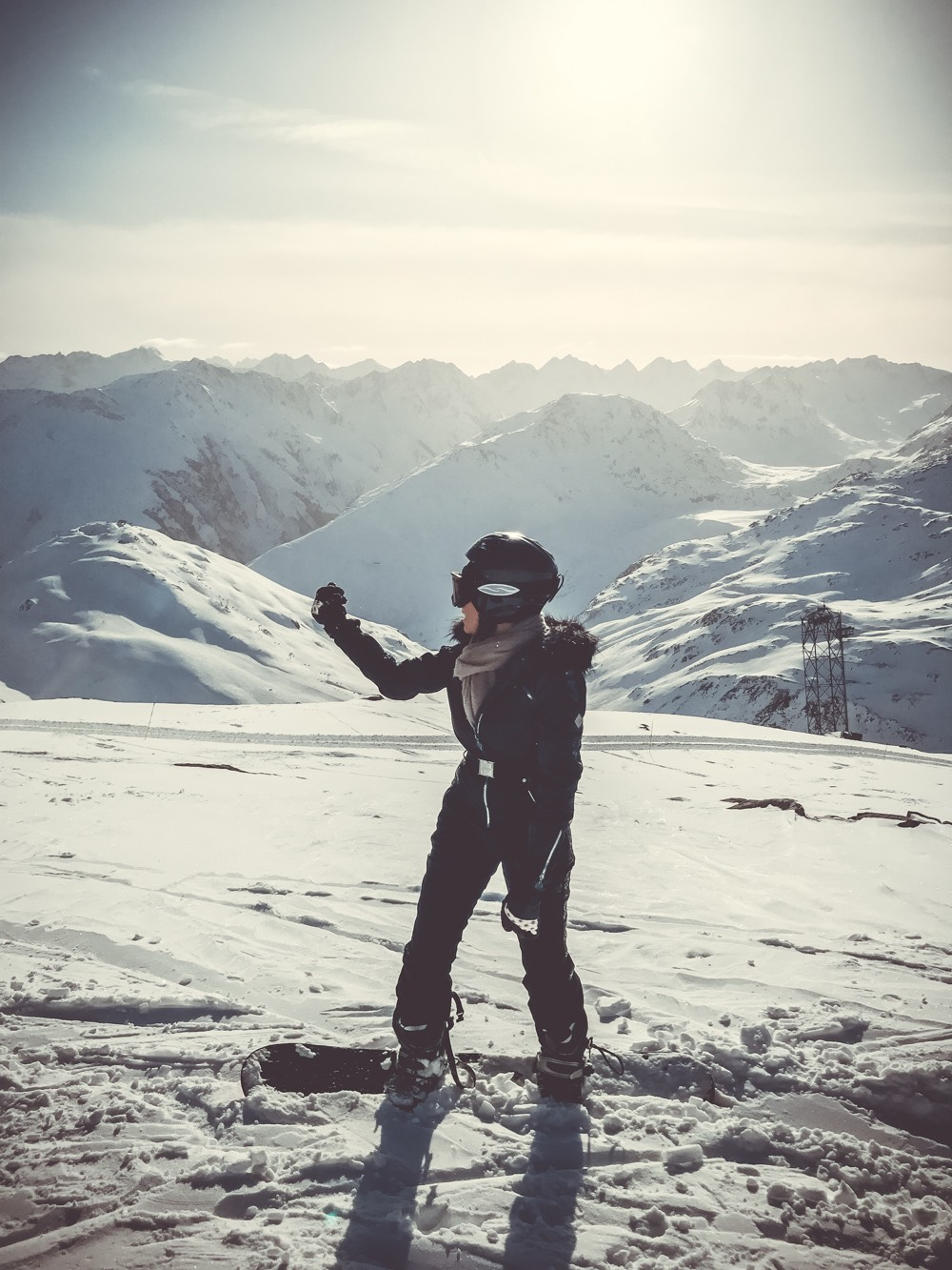 Skiing in switzerland, swiss alps, winter sport, andermatt mountain guide for snowboarders