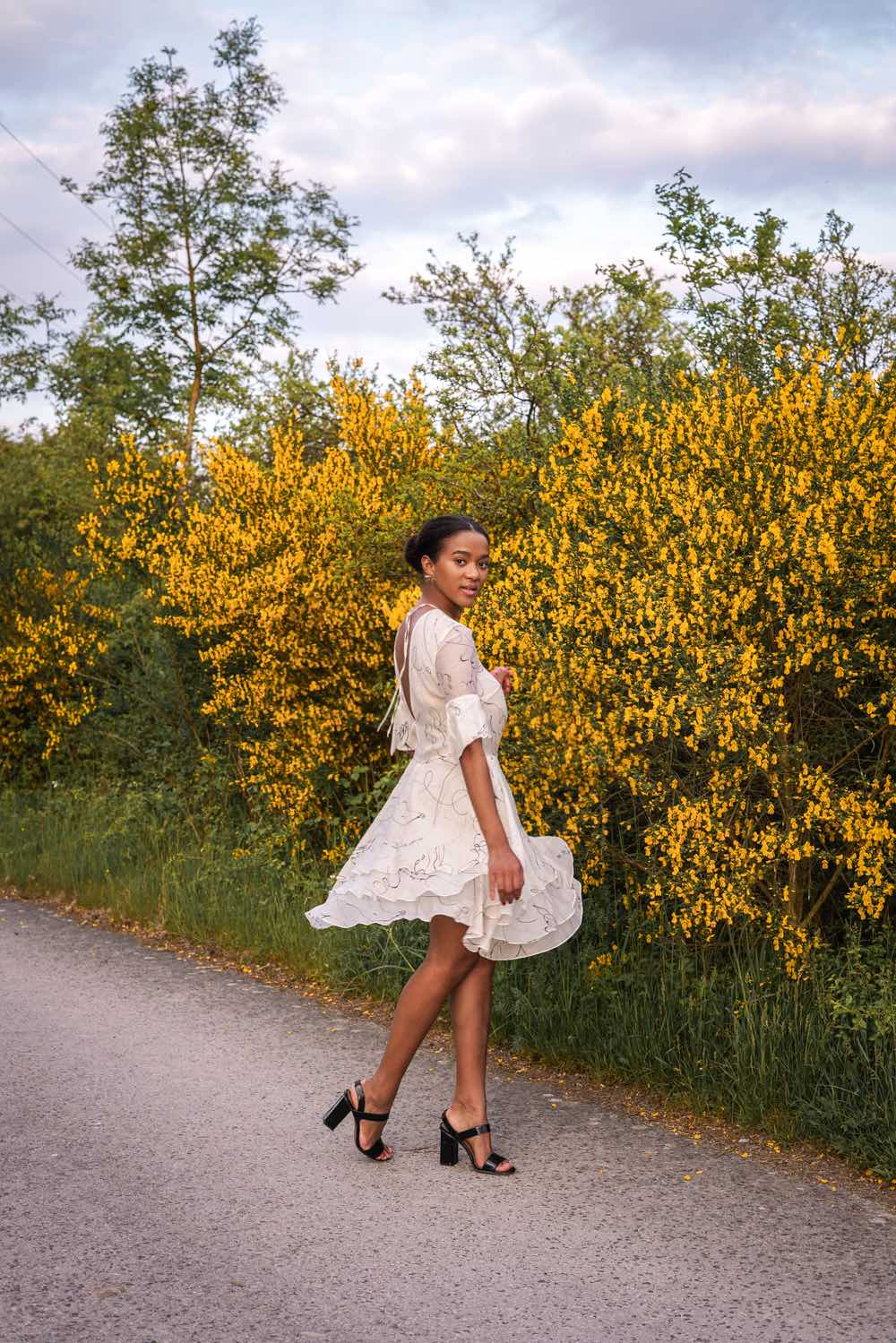 conscious fashion white summer dress German Blogger Mirjam Maisch
