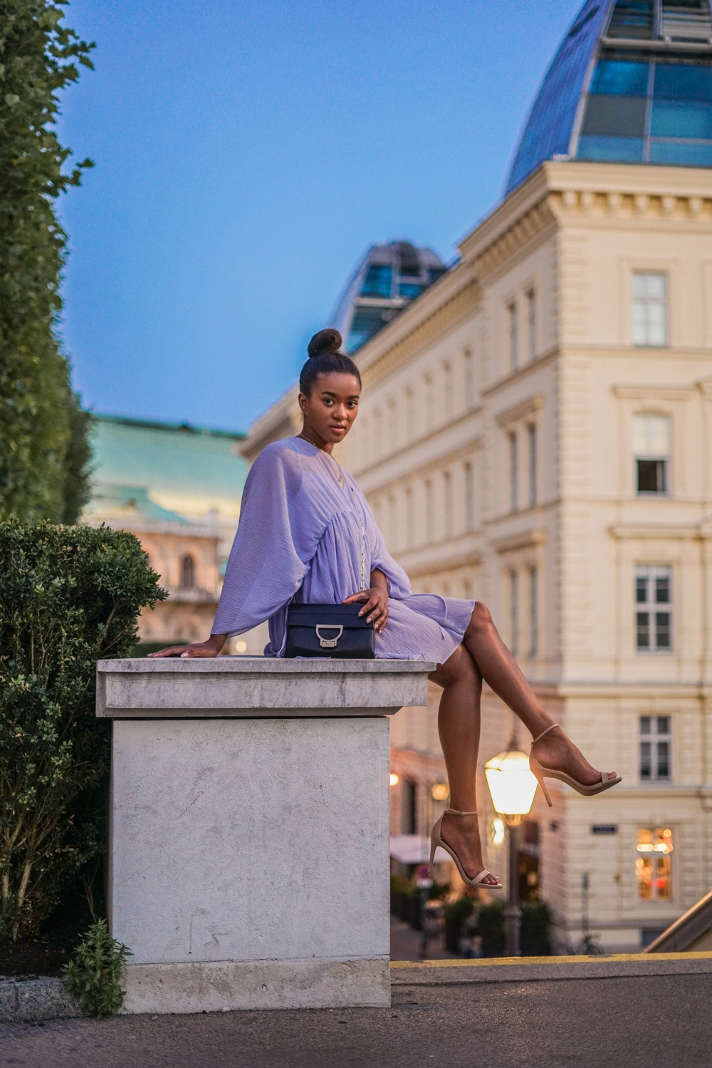 Albertina Wien wearing a light blue summer dress