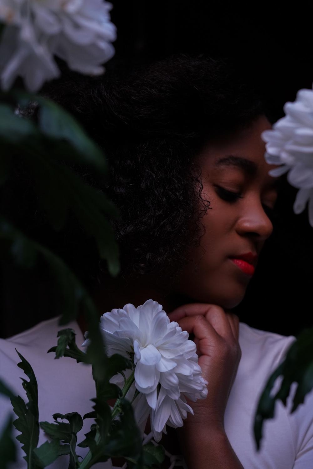 Black Fashion blogger wearing white body flower photography fashion beauty shooting