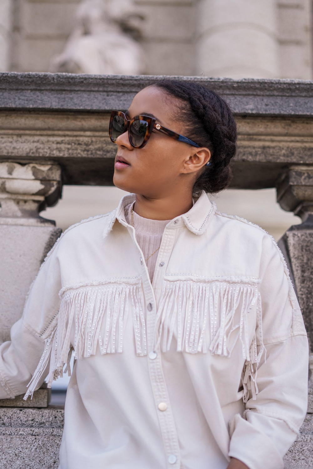 Top german fashionblogger Fransenjacke fringe jacket