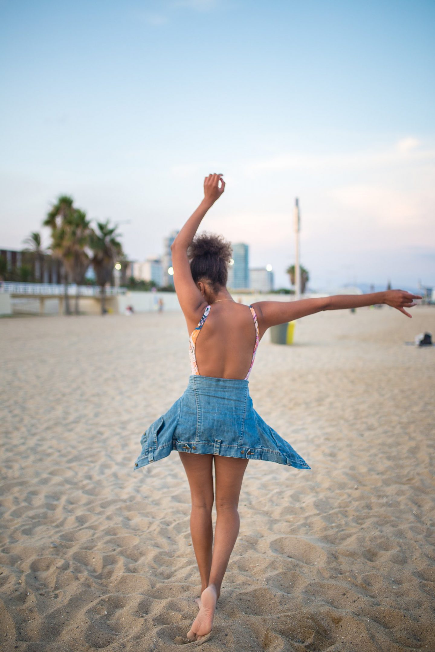 Curly Girl at the Beach, Life Update from Spain, Corona in Spain, Black Fashion Blogger