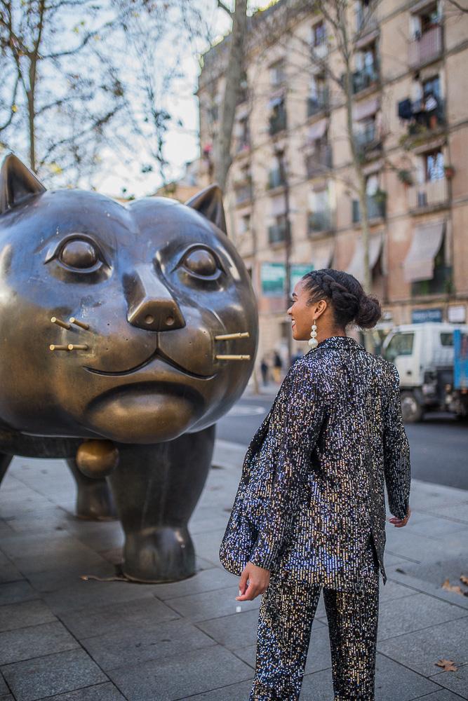 Barcelona Fashion Blogger Gato de Botero Raval sequin suit