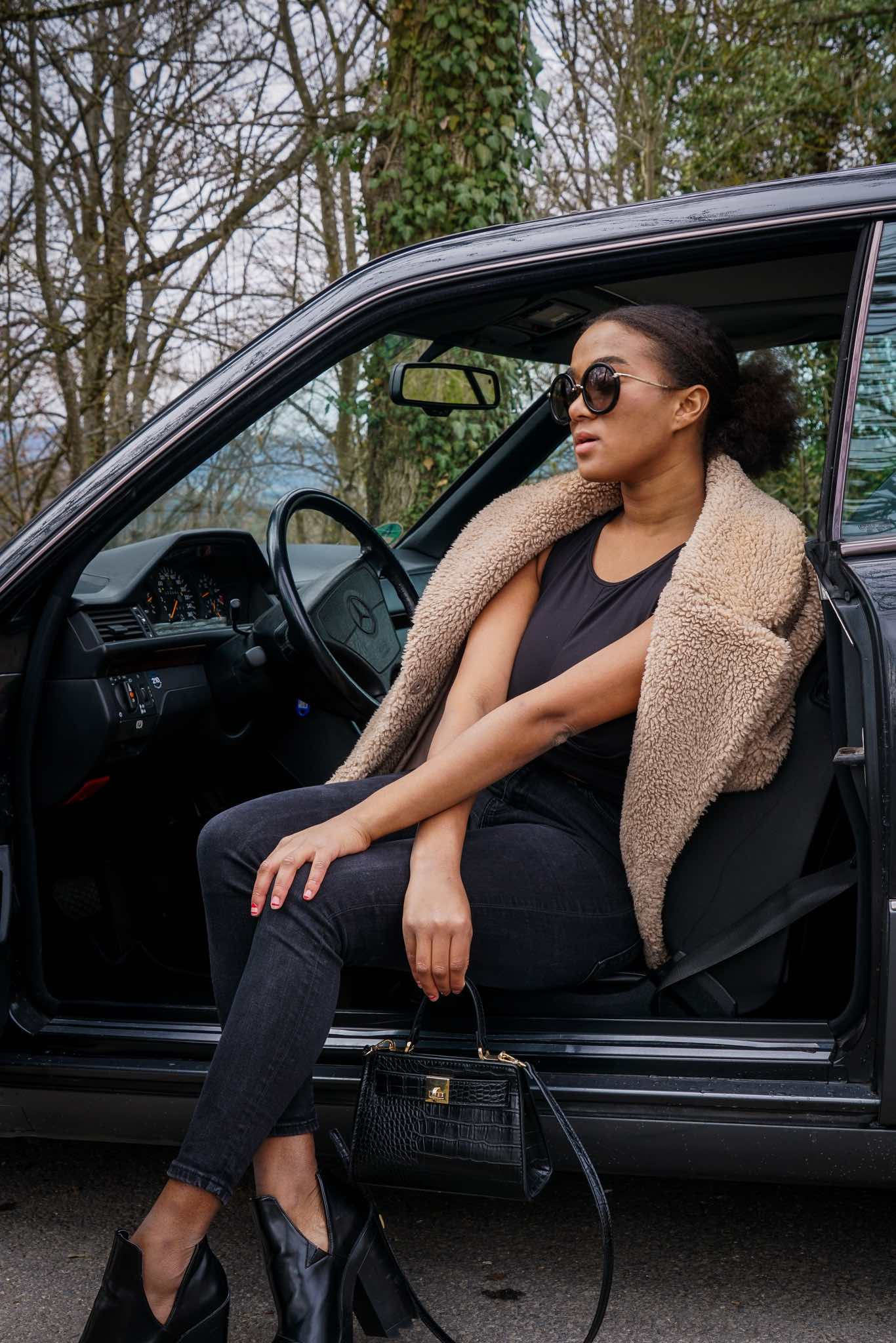 all black look outfit German fashion blogger new grunge